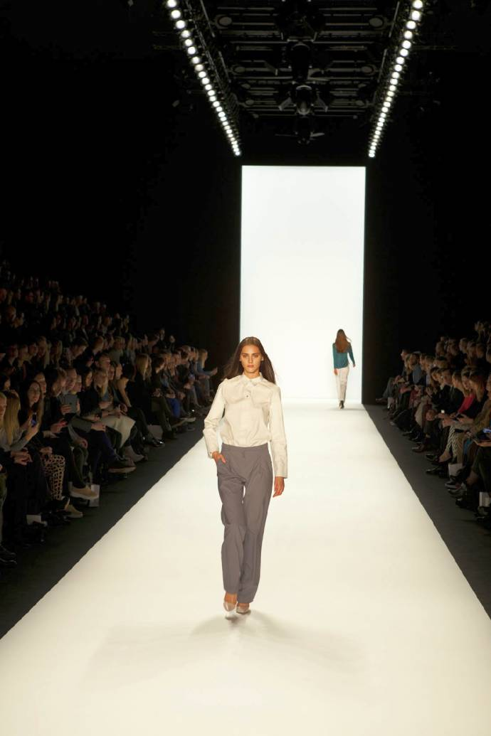 Mercedes-Benz Fashion Week: HIEN LE for BABY-G -  Die Eröffnungsshow