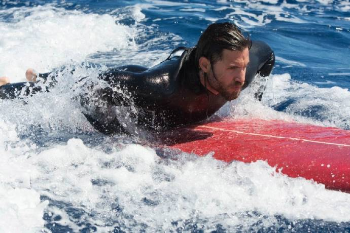 Action-Thriller Point Break - Atemberaubende Bilder im ersten Teaser-Trailer