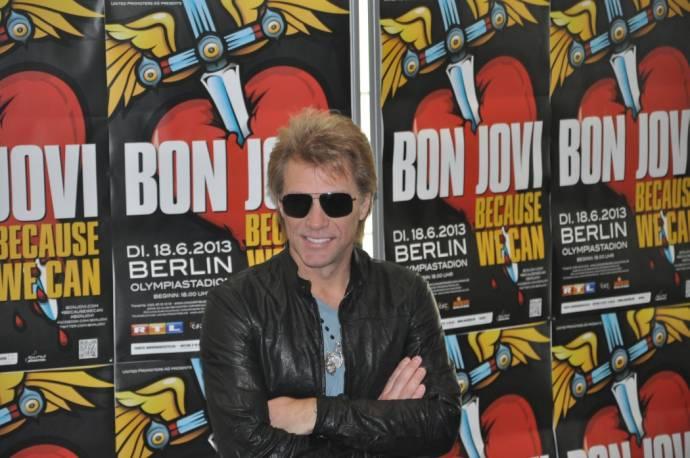 berliner konzert von bon jovi wird in die waldb hne verlegt berlinmagazine. Black Bedroom Furniture Sets. Home Design Ideas