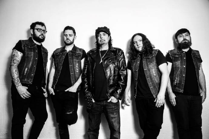PHIL CAMPBELL & THE BASTARD SONS: Ex-Motörhead-Gitarrist formiert neue Band