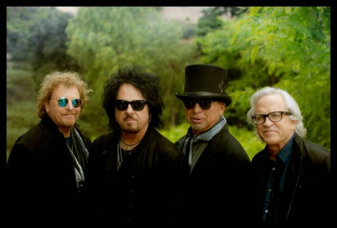 TOTO - 40 Trips Around The Sun - Best of Album und Welttournee ab Februar      (C)Foto: Scott Richie