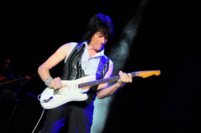 Jeff Beck Live 2018 - Rock'n`Roll Hall Of Fame Gitarrist wieder in Berlin (C)Foto: BerlinMagazine.de