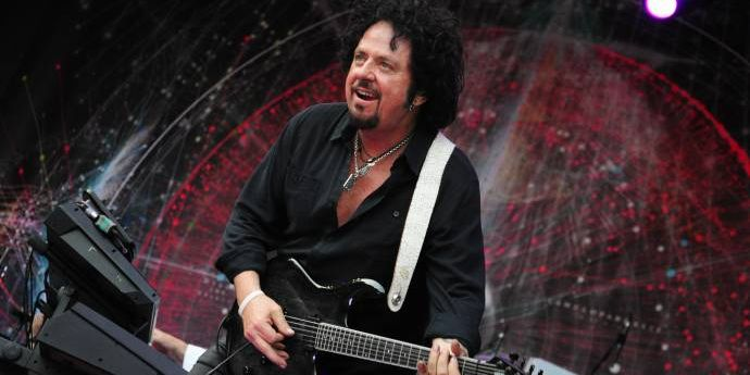 Toto - 40 Trips Around The Sun - Trotz Hitze wie in Africa rockten sie Berlin (C)Foto:BerlinMagazine